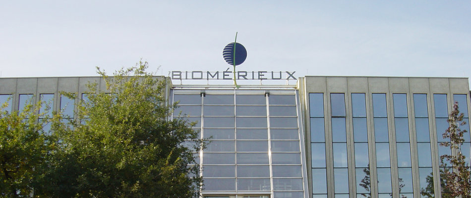 bioMerieux joins UNITECH as new Corporate Partner